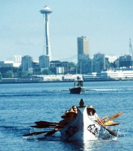 AA022 space needle canoe bright